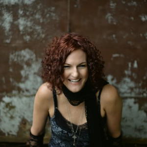 Jennifer Tefft Acoustic - Singing Guitarist / Acoustic Band in Franklin, Massachusetts