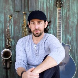 Joe Cardillo - Singing Guitarist in San Diego, California