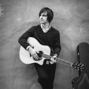 Joe Hendrickson - Singing Guitarist in Columbus, Ohio
