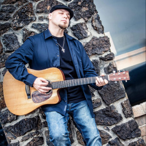 John Shanahan Music - Singing Guitarist / Acoustic Band in O Fallon, Missouri