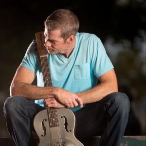 Johnny Delagrange - Singing Guitarist in Cincinnati, Ohio