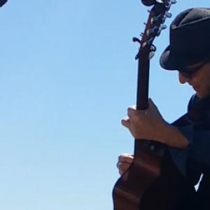 Jonathan Baker - One Man Band in Alton, Illinois