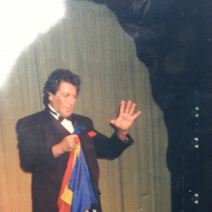 "Jordon Hahn ""The Elegant Trickster"" - Magician / Family Entertainment in Palm Springs, California"