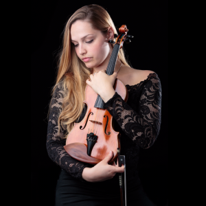 Julia Jakkel - Violinist in Miami, Florida
