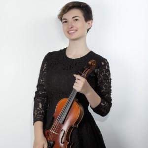 Julia Mills - Violinist in South San Francisco, California