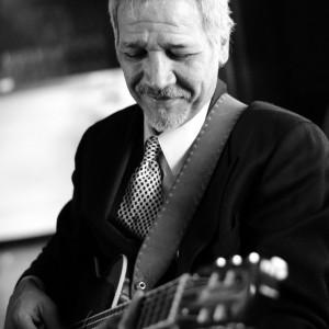Julio Amaro, Guitar - Guitarist in Bristol, Rhode Island