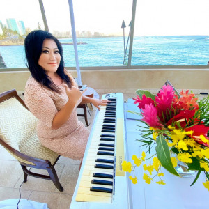"Kaori ""Coco"" Kawabuchi - Pianist / Classical Pianist in Honolulu, Hawaii"