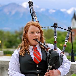 Kariann Hibbard - Bagpiper (and band) - Bagpiper in Bountiful, Utah