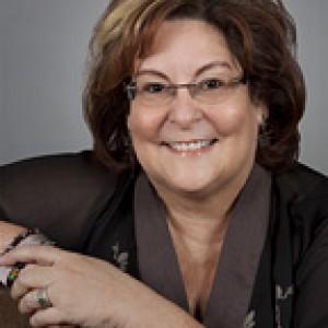 Katherine Metcalf - Psychic Entertainment in Davenport, Iowa