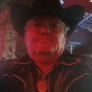 Kenny Earl - Country Singer in Camden, Tennessee