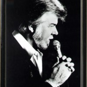 Ronnie Allen as Kenny Rogers - Kenny Rogers Impersonator / Impersonator in Anaheim, California