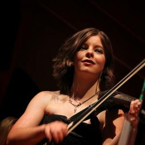 Kira Benson - Singing Guitarist / Violinist in Olympia, Washington
