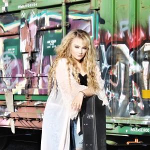 Krissy Feniak - Country Singer in Edmonton, Alberta
