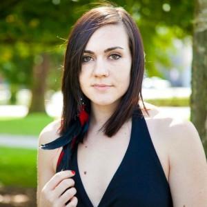 Kristen Marlo - Singing Guitarist in Seattle, Washington