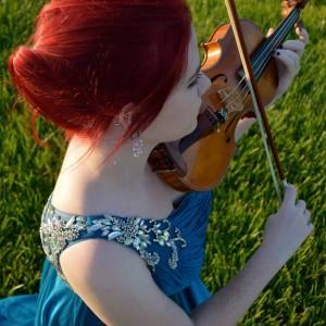 Kristen Monnik - Violinist in Montreal, Quebec