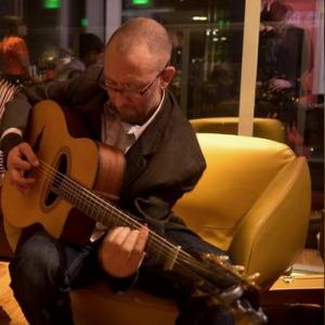Alex Tomaino, Solo Guitar - Guitarist in Portland, Oregon