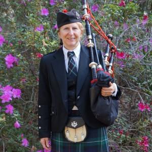 Lady Bagpiper Pat of Orlando, Florida - Bagpiper in Orlando, Florida