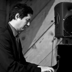 Larry Chinn - Jazz Pianist in Palo Alto, California