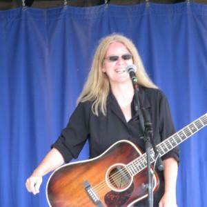 Laura McLean guitar guru of the lower cape fear - Singing Guitarist in Castle Hayne, North Carolina