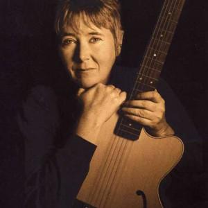 Laurie - Singing Guitarist in Boulder, Colorado