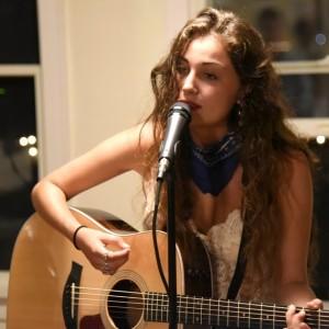 Leah Tash - Singing Guitarist in New York City, New York