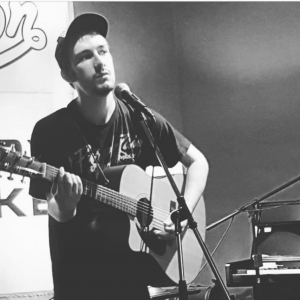 Letourntablez - Singing Pianist / Singing Guitarist in Antigonish, Nova Scotia