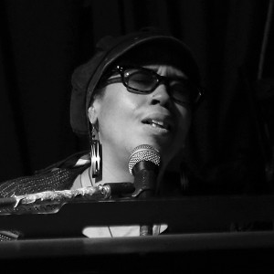 Lilli Lewis - Singing Pianist in New Orleans, Louisiana