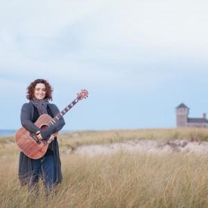 Lina Hayek Music - Singing Guitarist in Long Beach, California