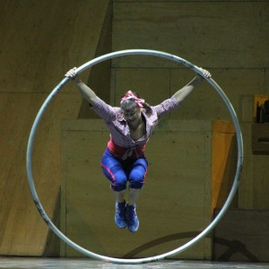 Lisa Eckert - Acrobat in Victoria, British Columbia