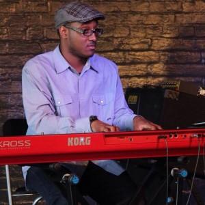 Lloyd Johnson - Pianist in Lynwood, Illinois