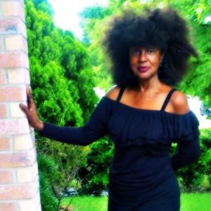 Lola Batiste - R&B Vocalist in Dallas, Texas