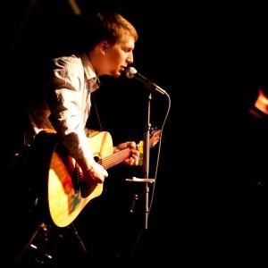 Loren Radis - Singing Guitarist in San Luis Obispo, California