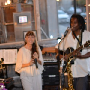 Lucia, Levi and the Little Zippers - Cover Band / Party Band in Florence, South Carolina