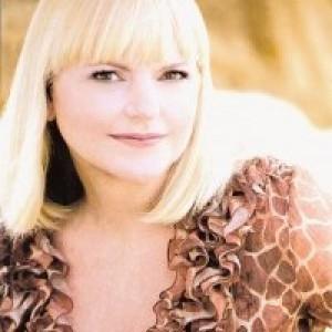 Lucinda Music - Classical Singer in Los Angeles, California