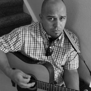 Luigi Casaretto - Singing Guitarist in Denver, Colorado