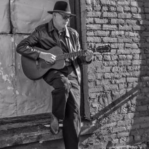"""Lyle Morse, aka """"Lonesome Lyle"""" - Guitarist in Spokane, Washington"""
