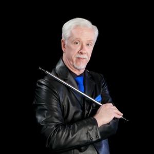 Magician Daryl Howard