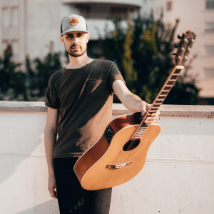 Marco Vendrame - Singing Guitarist in Minneapolis, Minnesota