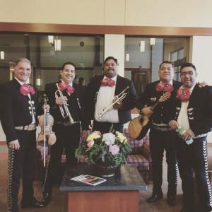 Mariachi Monumental - Mariachi Band in Portland, Oregon