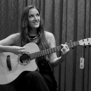 Marissa Hollenback - Singing Guitarist in Las Vegas, Nevada