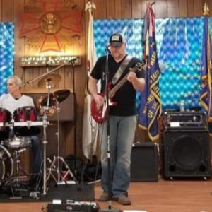 Maynard T Thumbtwanger - Classic Rock Band in Stoughton, Wisconsin