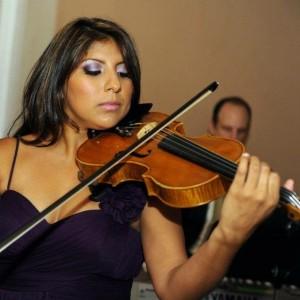 Mayra Kucera - Violinist / Strolling Violinist in Gainesville, Florida