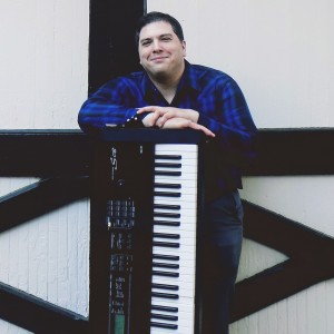 Meade Skelton - Singing Pianist in Richmond, Virginia