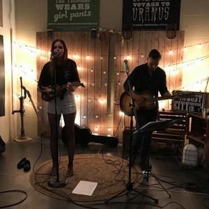 Megan Anne - Pop Music / Singing Pianist in Barrie, Ontario