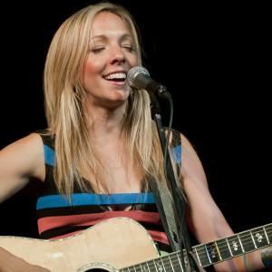 Melanie Dekker - A Voice Like Chocolate - Singing Guitarist in Vancouver, British Columbia