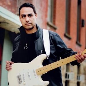 Michael Isla, Classical Guitarist - World Music in Columbus, Ohio