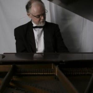 Mike Benjamin, Professional Pianist - Pianist / Classical Pianist in Knoxville, Tennessee