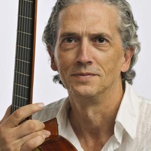 Juan de Marias - Guitarist / Classical Duo in Victoria, British Columbia