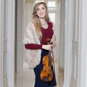 Miriam Cacciacarro-Stunning Violinist