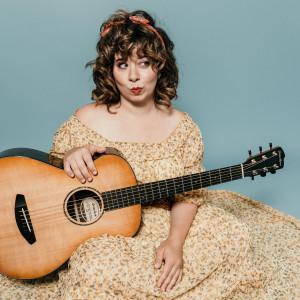 Lauren Pratt - Singing Guitarist in Boston, Massachusetts